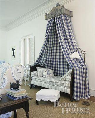 Gustavian Style - A Higher End looking Swedish style (vs Scandinavian Country Style). Scandinavian bed Corona