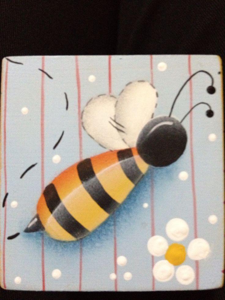 Bee.....
