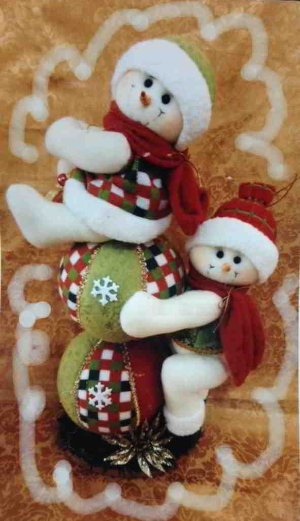 Muñecos de nieve juguetones
