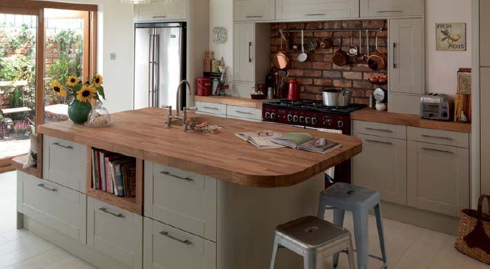 Leighton Grey is a traditional Shaker with a contemporary twist #affordable #kitchen #grey