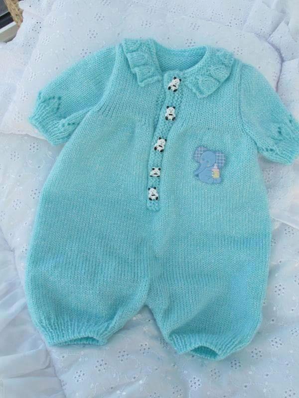 Mavi örgü bebek tulum