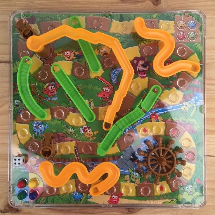3D Action Snakes & Ladders Board Game - Complete