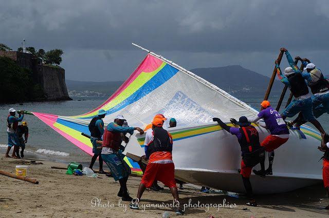 Le patrimoine de la Martinique raconté aux enfants: Photos tour de yoles 2016 départ à Fort-de-France