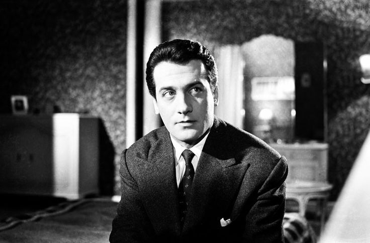 """Ο Αλέκος Αλεξανδράκης στο εξαίρετο δράμα του Ορέστη Λάσκου """"Η ΑΓΝΩΣΤΟΣ"""" 1956 με τη σφραγίδα της ΦΙΝΟΣ:"""