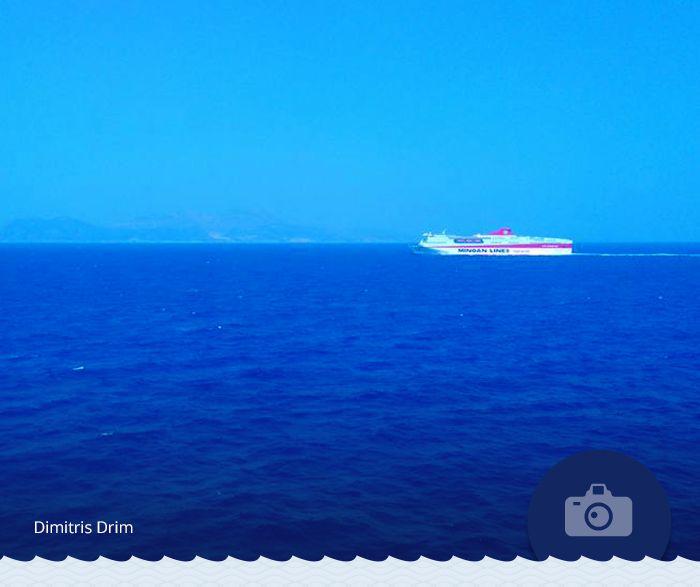 «Ημερήσιο ταξίδι...η συνάντηση του αδερφού πλοίου και η μισή διαδρομή έχει κιόλας γίνει...» μας έγραψε ο Dimitris Drim για να συνοδεύσει τη φωτογραφία του. Τον ευχαριστούμε θερμά!  #Photo_of_the_week  Minoan meets… Minoan in this photo by Dimitris Drim, whom we would like to thank for sharing with us!