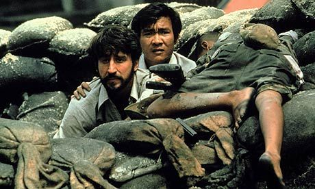 "Sam Waterston and Haing S Ngor in ""The Killing Fields""  (1984) Haing S. Ngor - Best Supporting Actor Oscar 1984"