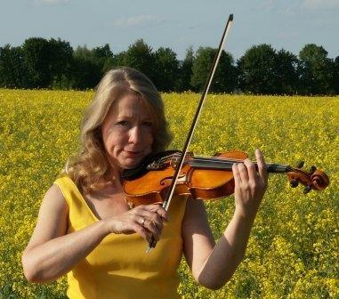 Geigenunterricht von Profimusikerin (auch Klavier)