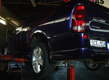 Our professional mechanic Shepparton provides remarkable service with great efforts and at affordable prices. For m ore details :- http://www.dallasautomotive.com.au