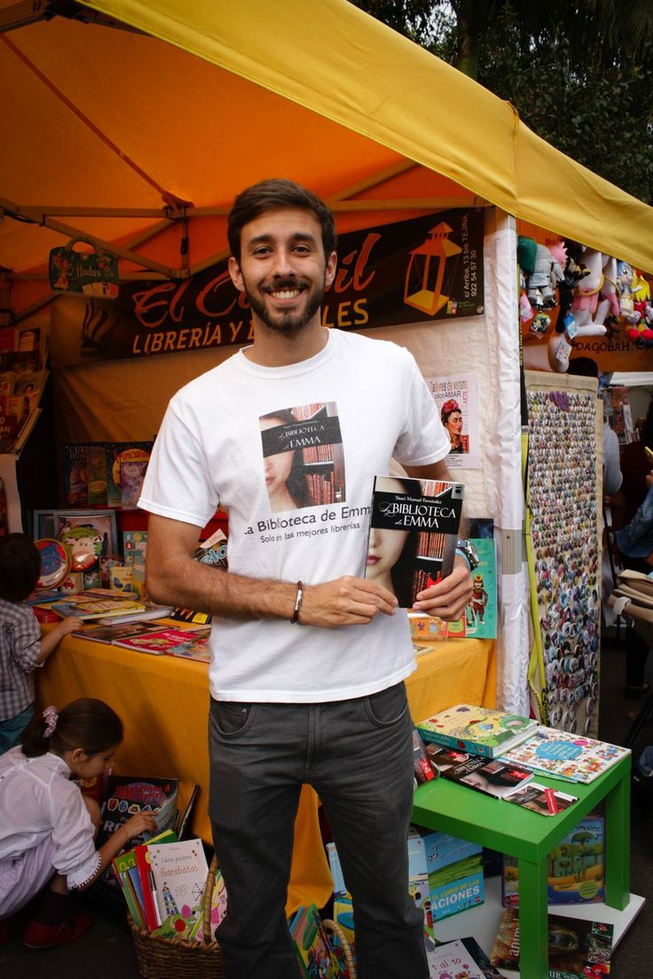 Feria del Libro de Santa Cruz de Tenerife 2015 con La Biblioteca de Emma.