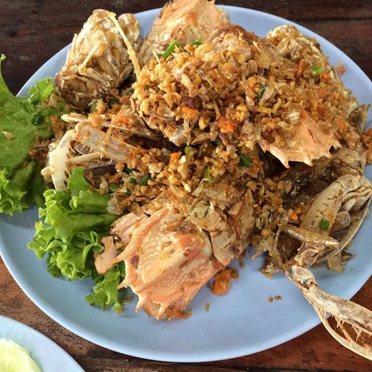 #lunchbythesea @#rayong ... #seafood #tomyumsoup #friedfishandmangosalad #thaifood #thaicuisine #softcrabcurry #crabfriedrice #instafood #snapbeforeeat http://w3food.com/ipost/1524572557424323146/?code=BUoXqnXlepK