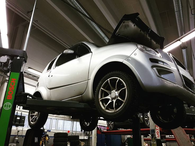 Best 25 garage car lift ideas on pinterest garage ideas for Garage auto fab ennery