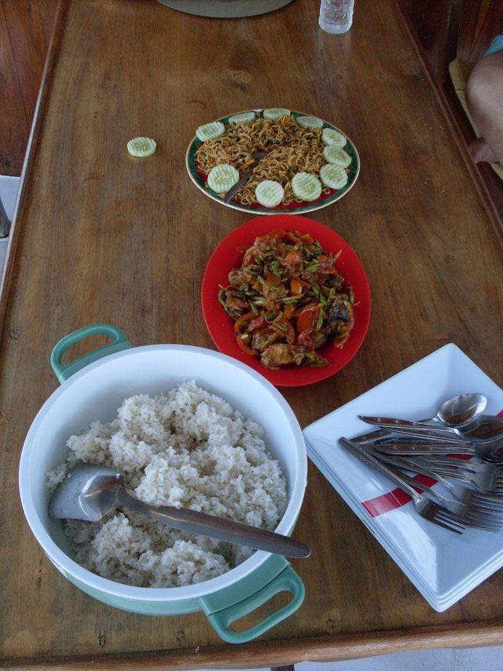 Typical on board lunch  (Picture: Matheus Pinheiro de Oliveira e Silva)