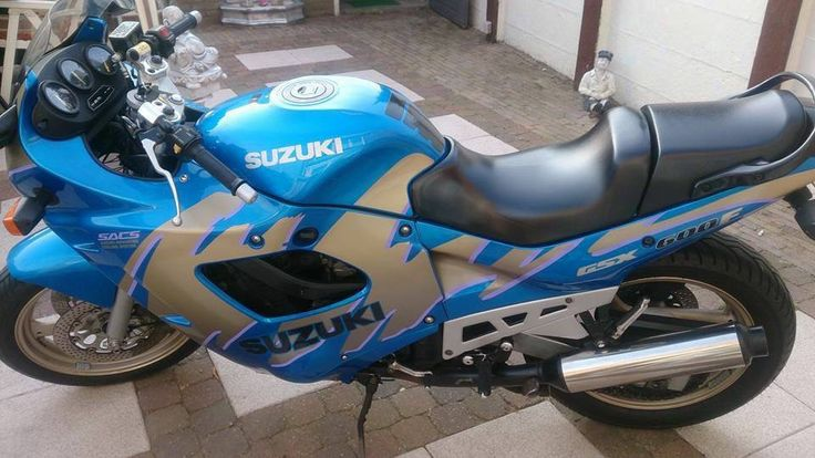 Suzuki GSX 600 F aangeboden in de Facebookgroep https://www.facebook.com/groups/motorentekoopmt/permalink/746950808812974/?sale_post_id=746950808812974 #suzuki #suzukigsx #suzukigsx600f #motortreffer #motorentekoopmt #motoroccasion #motoroccasions #motorverkoop #motoren #motorverkopen #motorinkoop #motorzoeken #motorenzoeken #motorzoeker #motorexport #motorimport #motorinkopen #toermotoren
