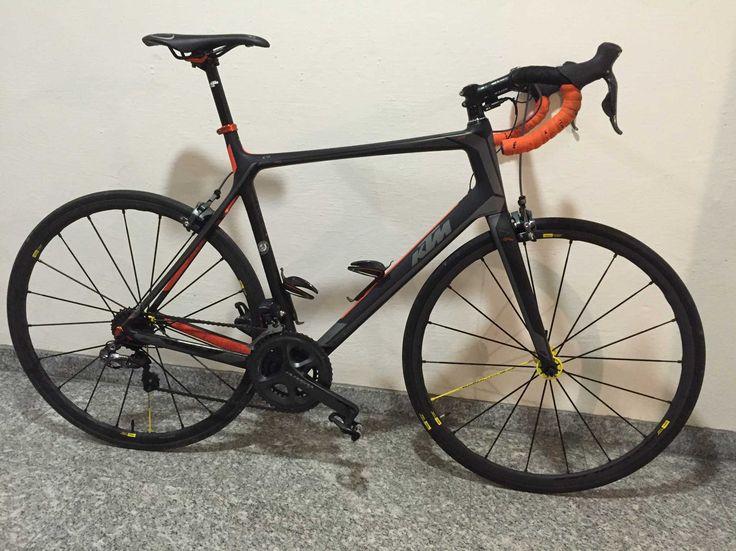 Vélo de course taille 59 (idéal pour taille entre 173-185 cm) Dérailleur Shimano Ultegra Di2 Cadre Carbon, jantes Mavic Aksium Elite Rennrad 2016 neuve