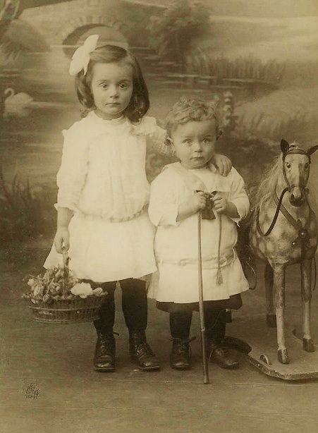 +~+~ Antique Photograph ~+~+  Just look at the sweet expressions on these two cherubs!