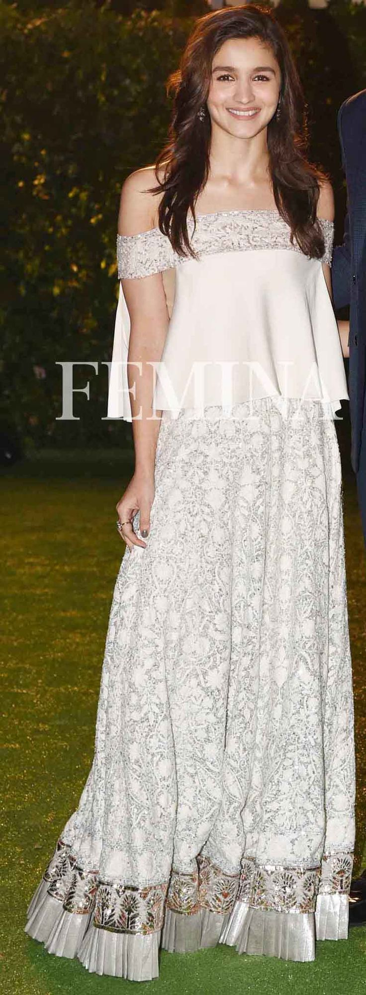 Deepika, Alia wear white and we love it