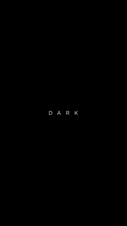 Es gibt Dinge, die man im Dunkeln lassen sollte. Vertrau mir, ich habe gelernt, wie man … – B & W –