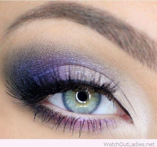 Trucco-occhi-verdi-con-ombretto-viola