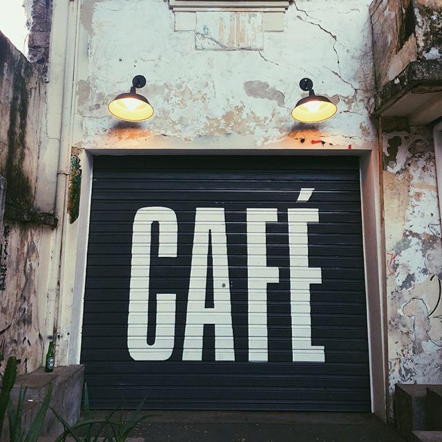 CAFÉ   Crazy Daizy in Atheens