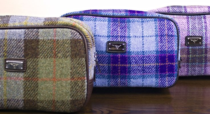 A stunning gift for a Harris Tweed fan! The perfect combination of luxury and classic Scottish design.