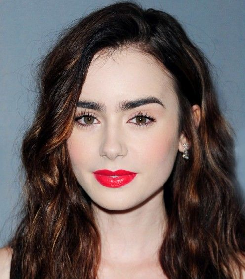 // Lily Collins // Stila's Convertible Color in Gladiola