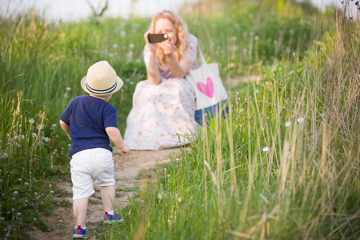 Are You the Mom That Doesn't Take Pictures of Her Kids? Read This! #30secondmom