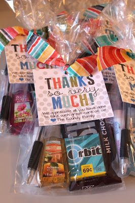 Kinzie's Kreations: Hospital Thank-You Cards. Thank-you gifts for those special helpers on delivery day. Free printable!