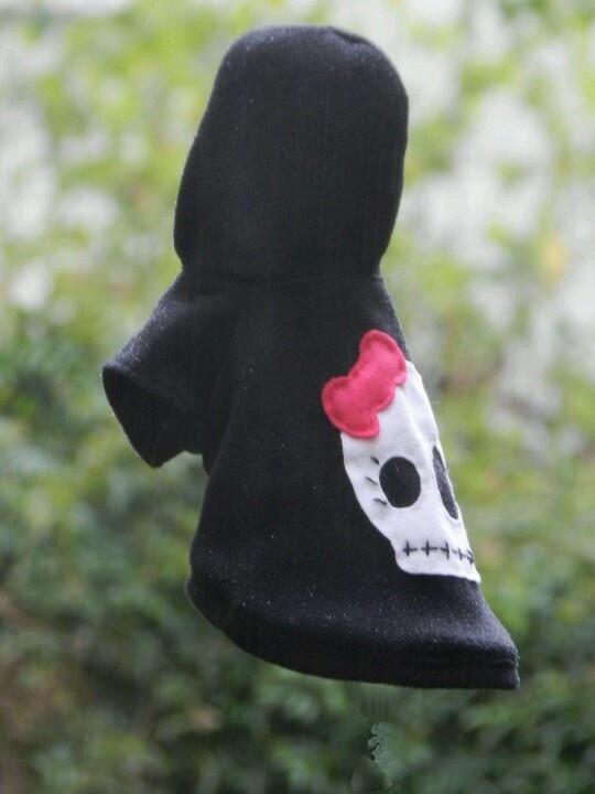 ¿Tú color es el negro? #ropa #perros #mascotas Más info en www.urbecom.com/puppy