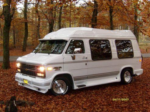 478 best furgonetas vans images on pinterest vans cars. Black Bedroom Furniture Sets. Home Design Ideas