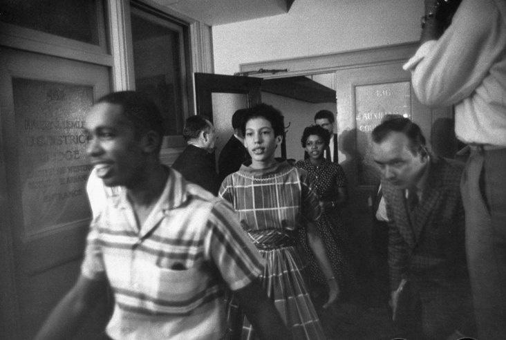 Little Rock School Integration, 1957 | Brave Hearts: Remembering the Little Rock Nine, 1957 | LIFE.com