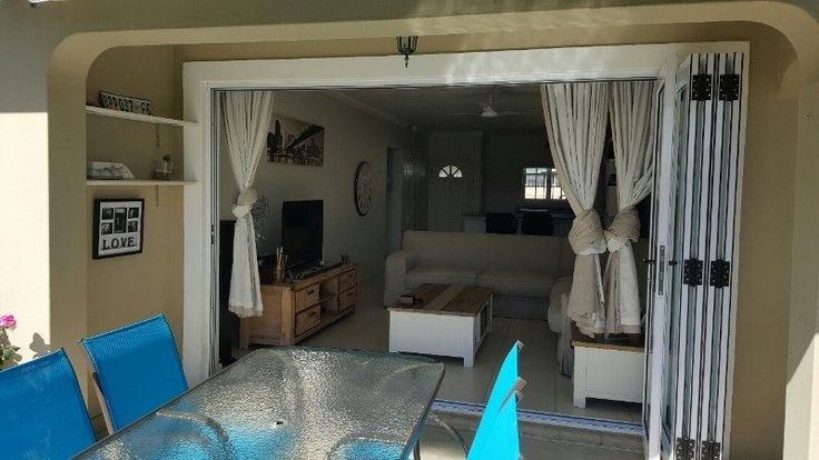 Newly renovated spacious 2 bedroom apartment with study alcove available for rental | Mount Edgecombe | Gumtree Classifieds South Africa | 182076988