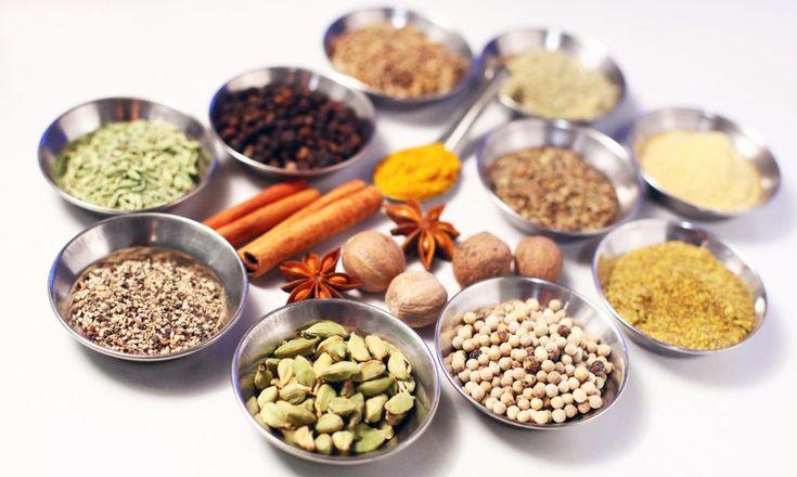 Liste des aromates et leur utilisation (cuisson, assaisonnement, ..) Pour donner de la saveur à vos plats, sans ajout de sel ou de matière grasse.