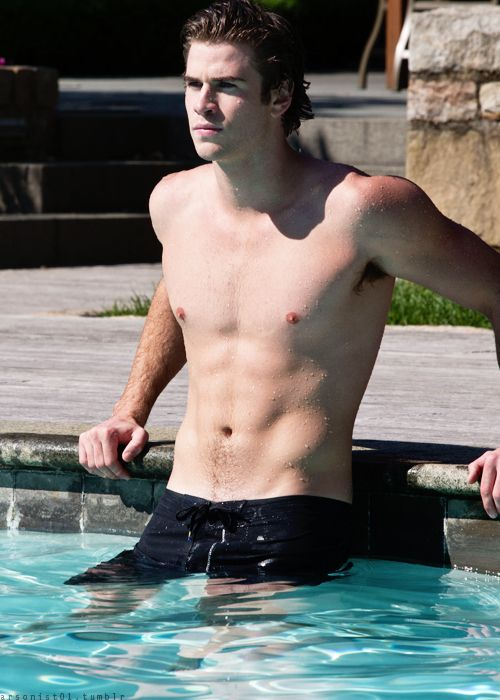 Actor hunk - Liam Hemsworth