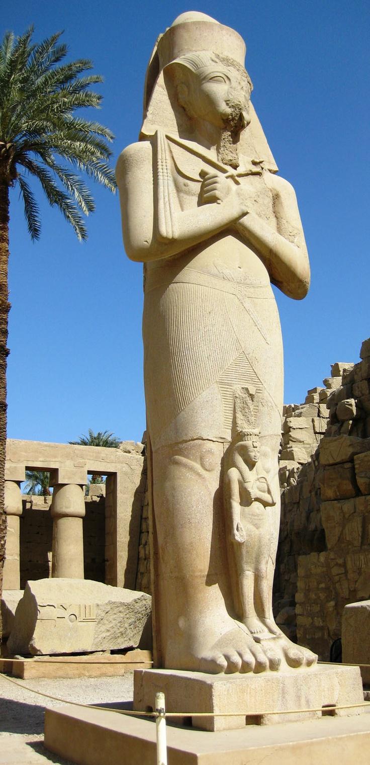 o Farao e o escravo no pé dele