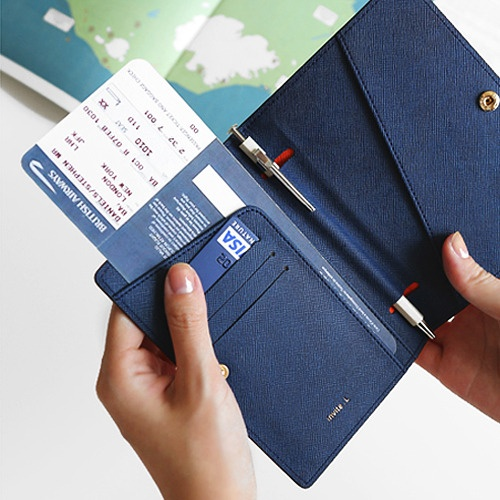 Hatch: Passport Case