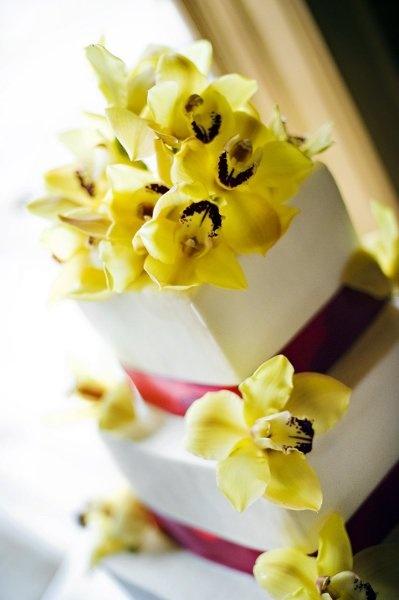 Elegant Pink White Yellow Square Wedding Cakes Photos & Pictures - WeddingWire.com