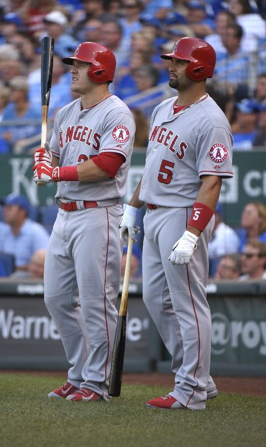 Mike Trout, Albert Pujols, LAA // Aug 2015 at KC