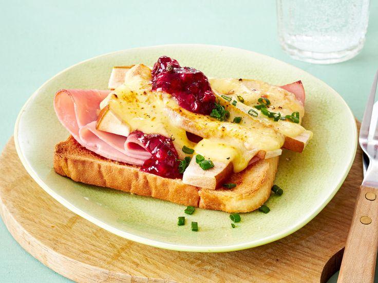 Toast-Rezepte - leicht gemacht, lecker belegt - toast-mit-birnenspalten  Rezept