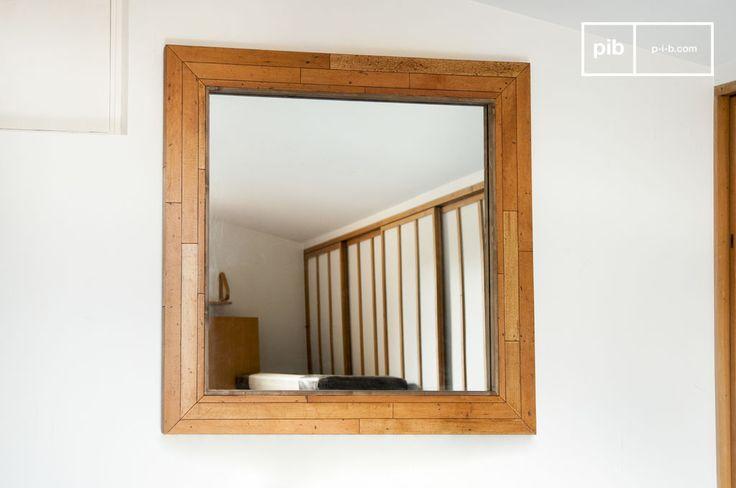 Specchio in legno Sheffield e molti altri specchi da scoprire su PIB, lo specialista in arredamenti, illuminazioni e decorazioni vintage.