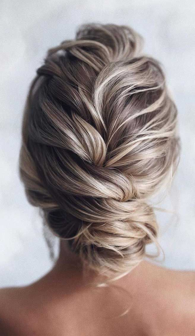 64 Chic Updo Hairstyles For Wedding And Any Occasion Want your hairstyle to be the hottest? Whether you want to add more edge or elegance u2013 Updo ...