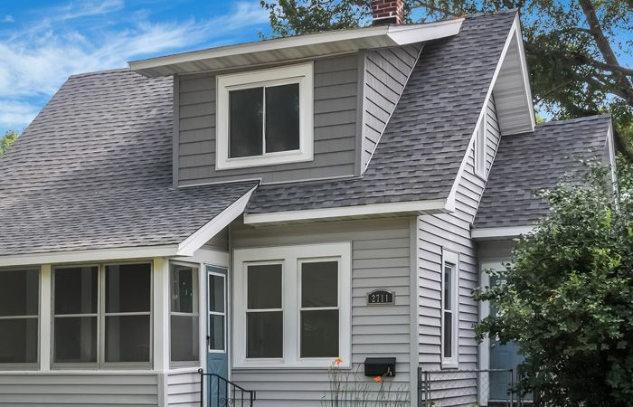 Searching Out For Professional Roofing Contractors Throughout New York City Alright Say A Smiling Good Bye To All Of Roofing Contractors Roofing Roof Repair