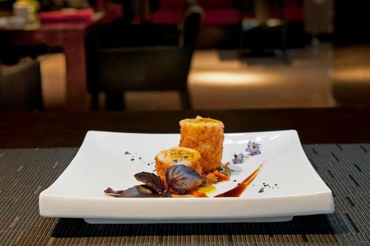 A nosotros nos encanta el pollo con hongos chinos al estilo Pekín.