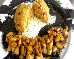 Γλυκόξινο κοτόπουλο με πλιγούρι http://www.cookex.gr/glykoxino-kotopoulo-me-pligoyri/