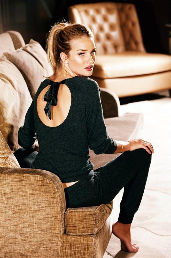 Fashion Lookbook | Rosie Huntington-Whiteley - DustJacket Attic