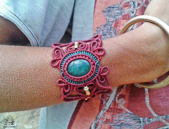 Aventurine macrame bracelet handmade bracelet by byLaughingBuddha