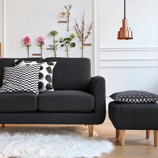 Le canapé 2 places Jimi. Coloris pastels et accueil très moelleux, ce canapé s'associera parfaitement à un salon d'inspiration nordique avec des meubles aux tons clairs pour un intérieur doux et cosy. Esprit scandinave