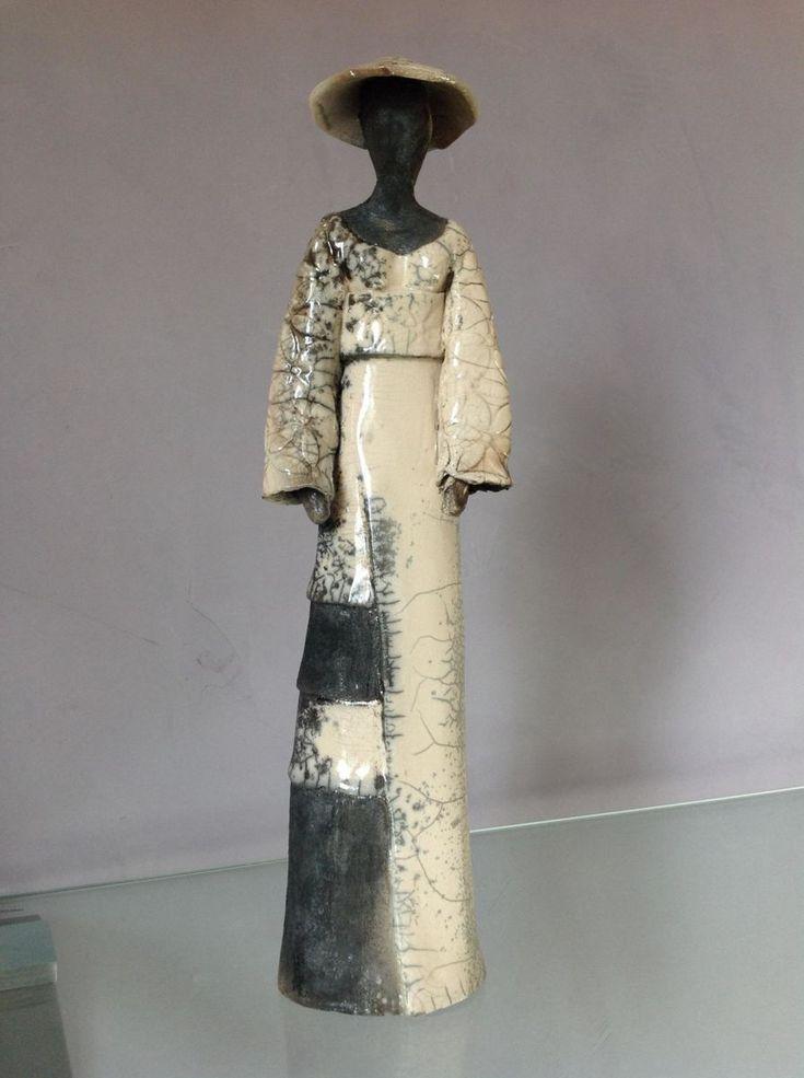 Femme chinoise en promenade - Sculpture, 10x40x10 cm ©2014 par Christine Lavoute - Céramique, Femmes, Raku, chinoise