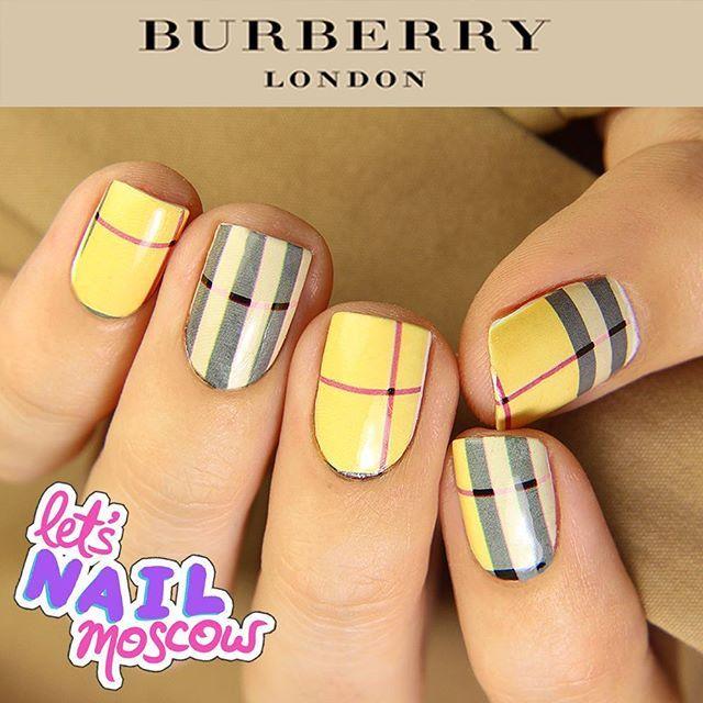Instagram media letsnailmoscow - #fashionnails #Burberrynails  Новый маникюр в серии модных домов - Burberry  Британский брэнд, сделавший клетку своей визитной карточкой  #Burberry