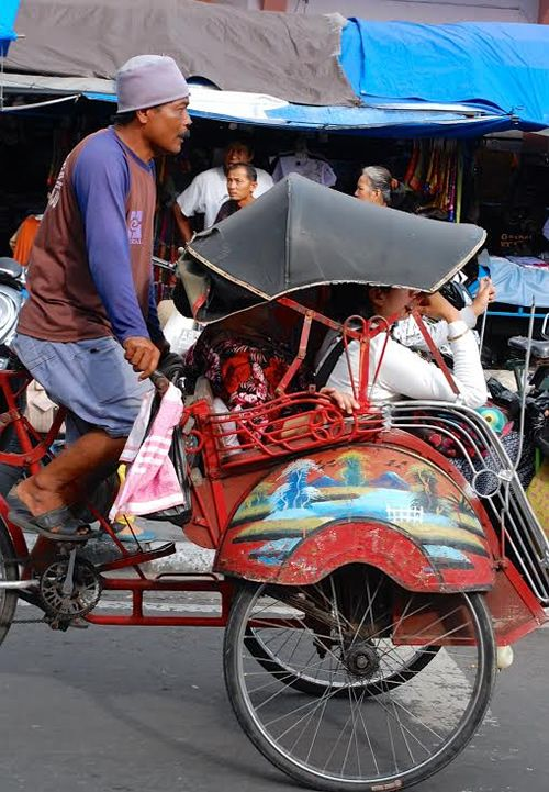 A becak or pedicab in Indonesia! love this from @transabroad