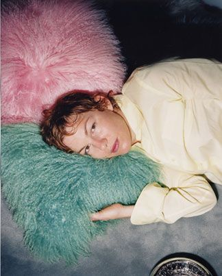Elizabeth Peyton, portraits plus, from Index Magazine, http://www.indexmagazine.com/interviews/elizabeth_peyton.shtml#